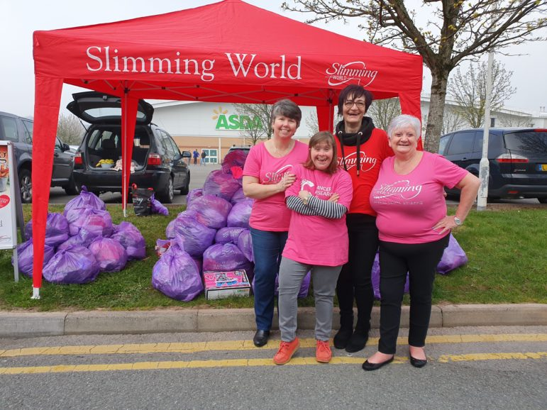 The Slimming World Clothes Throw stand in Cwmbran